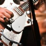 ギターでスラップの練習フレーズや曲。