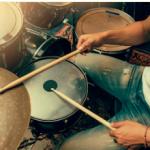 ドラムの足と手をバラバラに動かす練習方法やコツ